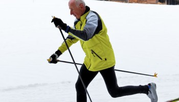 Senior_wintersport_Shutterstock