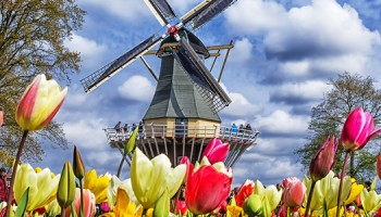Nederland in trek met pasen