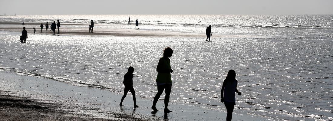 2016-08-31 16:25:51 OOSTKAPELLE - Het strand van Oostkapelle is uitgeroepen tot schoonste strand van Nederland. Ongeveer 18.000 mensen deden mee aan de stemming. De eindbeoordeling is een combinatie van bevindingen van ANWB-inspecteurs én de beoordeling van het publiek. ANP BAS CZERWINSKI