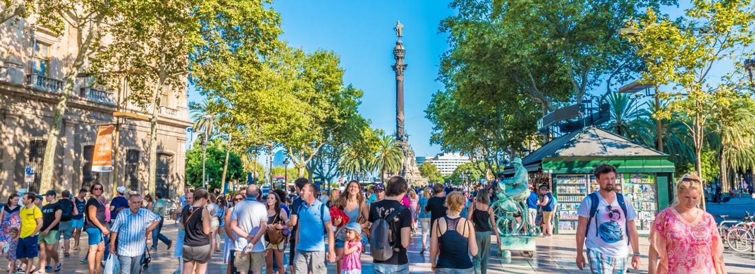 Een toerist in Barcelona overtuigen