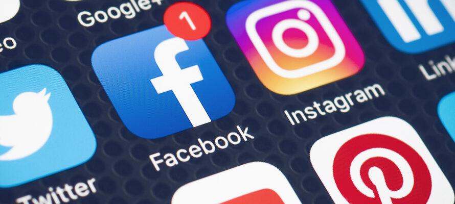 MAX op sociale media