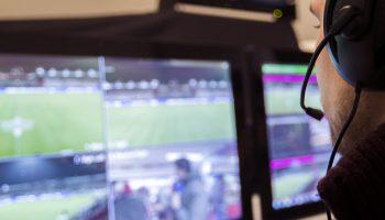 videoscheidsrechter bij eredivisiewedstrijden