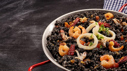 Zwarte rijst met inktvis