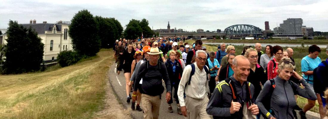 Nijmeegse Vierdaagse wandeldag 1