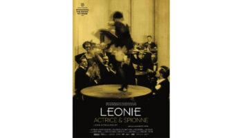Leonie, actrice en spion