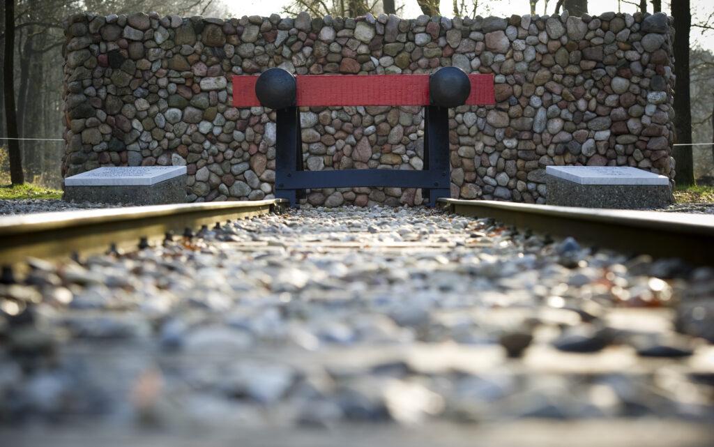 Westerbork monument