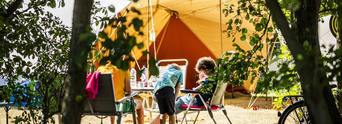 vakantiegangers in Nederland