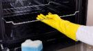 Oven schoonmaken