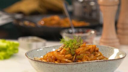 pasta met sardines, rozijnen en venkel